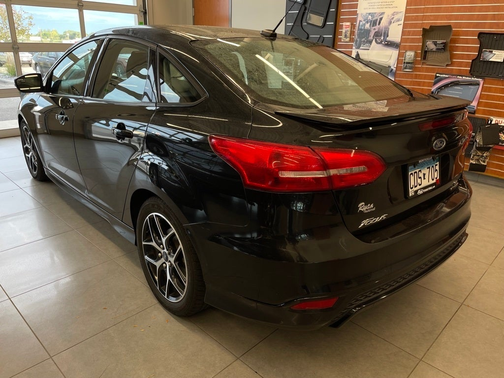 Used 2015 Ford Focus SE with VIN 1FADP3F23FL247954 for sale in Monticello, Minnesota