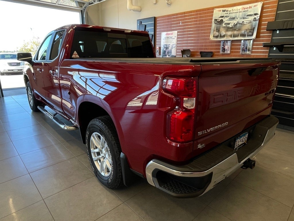 Used 2019 Chevrolet Silverado 1500 LT with VIN 1GCRYDED3KZ192564 for sale in Monticello, Minnesota